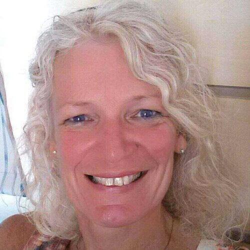 Ik ben Tineke van Urk, medium & spiritueel begeleider