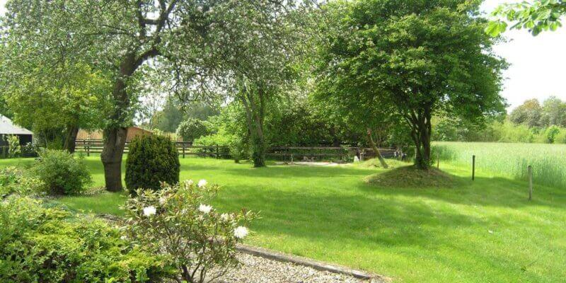 tinekevanurk oud avereest 16 balkbrug entree tuin
