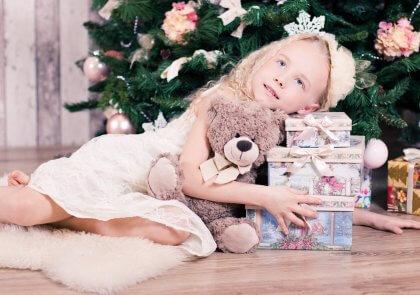 Kerstcadeaus, kinderen zijn er gek op. Breng je creativiteit en geef expressie aan je liefde voor kerstmis