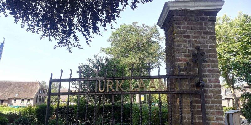 De ingang van de Thijs van Urklaan in Kolderveen